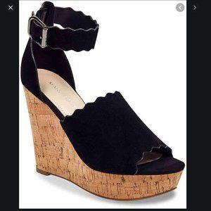 MARC FISHER BLACK HAYO SUEDE WEDGE SANDAL SIZE 7